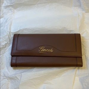 Gucci Continental Wallet